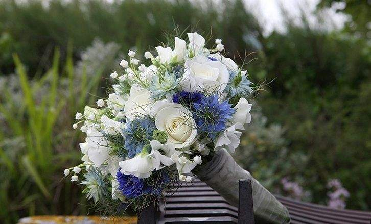 Flowerize Your Wedding Ceremony With Right Florist