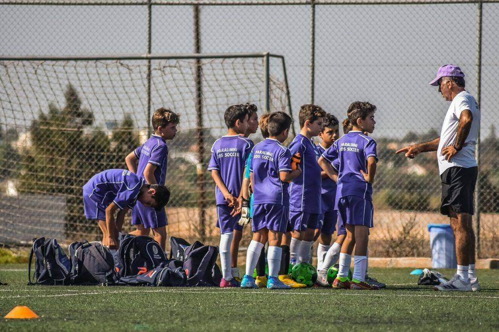 Successfully Coaching Young Soccer Players