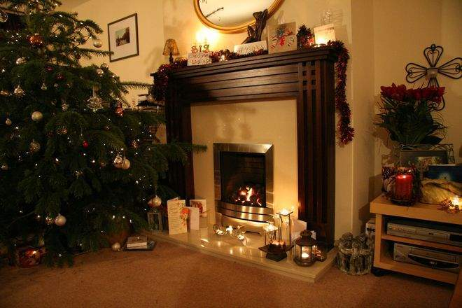 Reasons to Install a Fireplace in Your Living Room