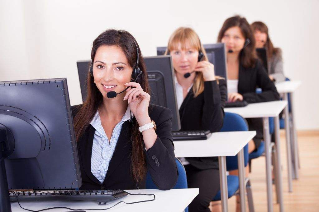 Four Crucial Factors to Consider While Evaluating the Quality of Call Center Solutions