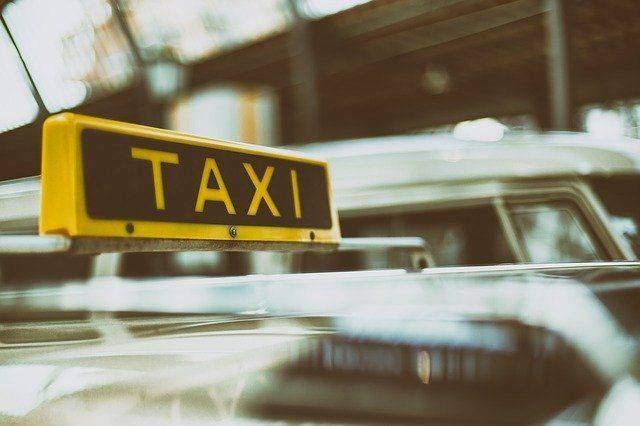 hiring taxi services