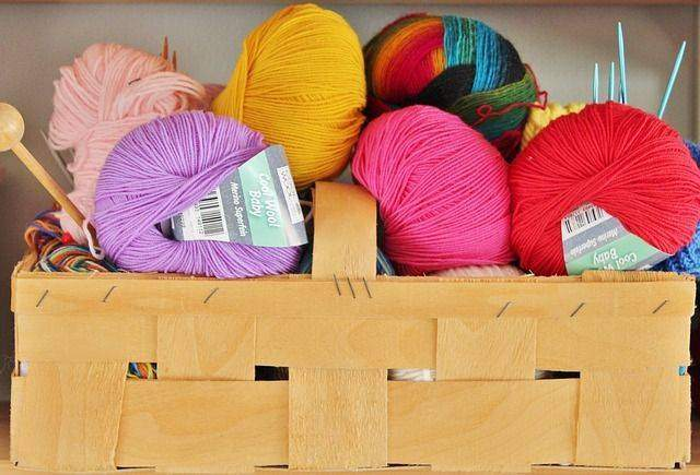 Which Knitting Wool Is Best For Beginners