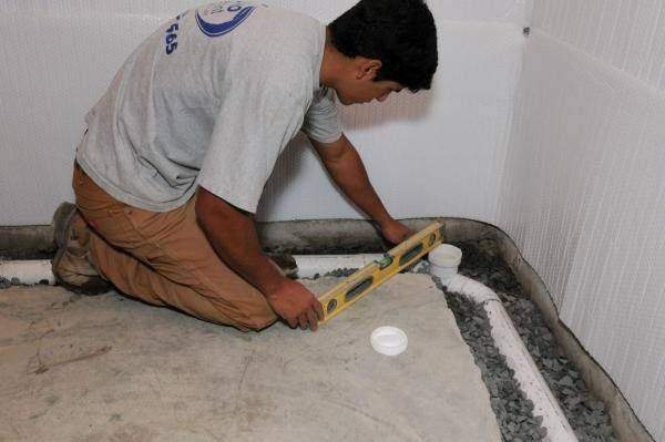 How does Faulty Tiling System Cause Water Leakage Problem in Bathrooms?