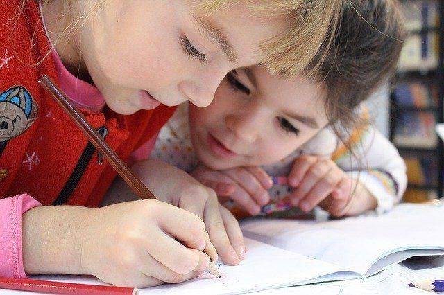 How Assignment Help Can Make Your Grade Good in Exams