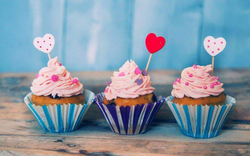 5 Reasons To Love Cake: Benefits of Eating Cake