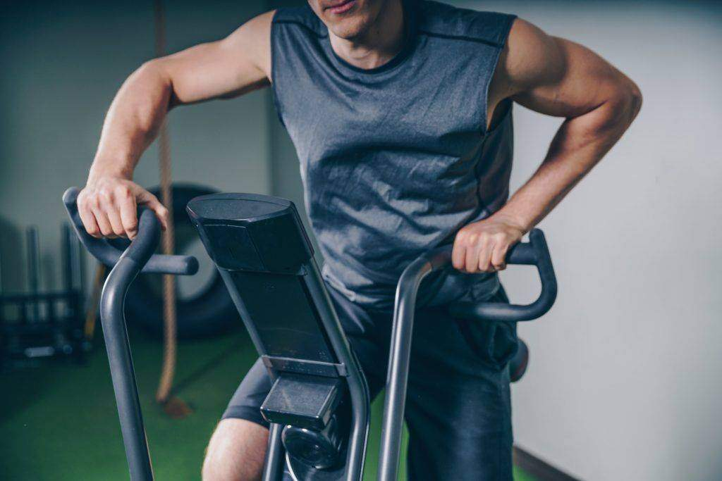 8 Overlooked Fitness Equipment You Don't Use In The Gym (But You Should)