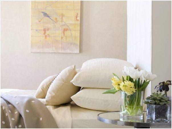 Use of fresh flower enhance the interior look of your bedroom - Shruti Sodhi Interior Designs