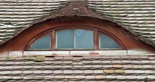window-1424608_640