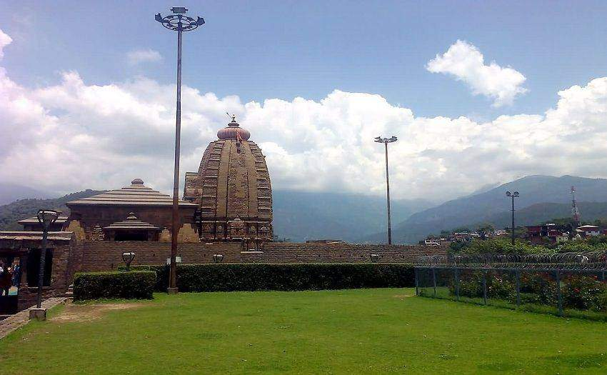 Best & Most Famous Sacred and Ancient Temples In Himachal Pradesh
