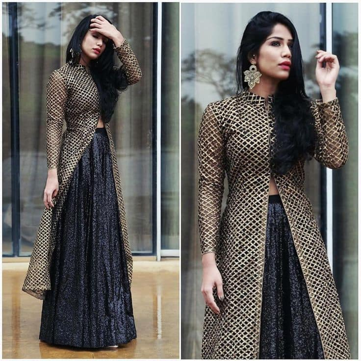 Has Front Open Kurti Become a New Party Trend In India?