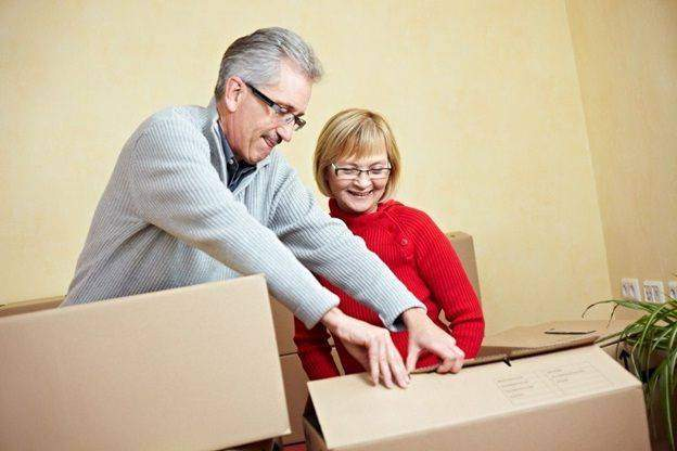 Pensions and Passions: Side Hustle Ideas for Restless Retirees