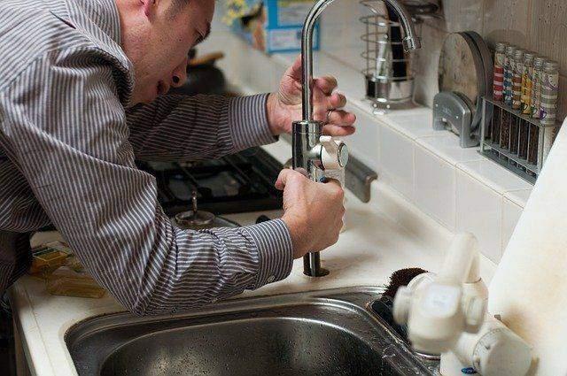 basic plumbing tips for the beginner