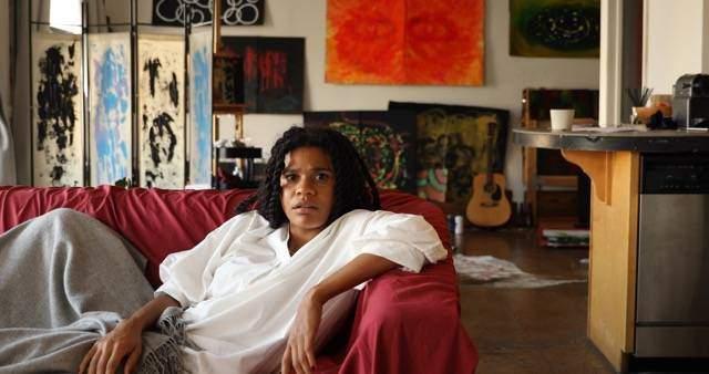 Creator and star of Art Broken-Bianca Cristovao