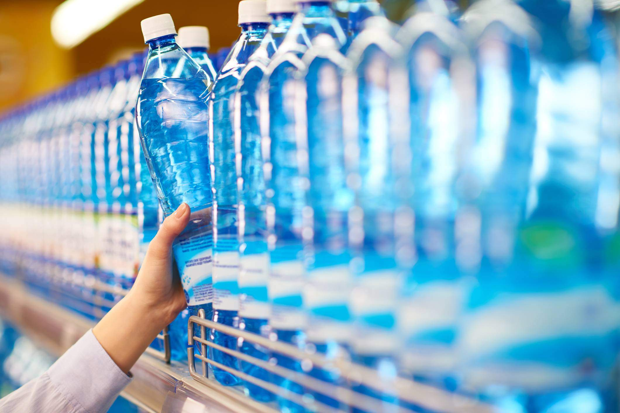 How Long Does Bottled Water Last When Opened & Unopened?