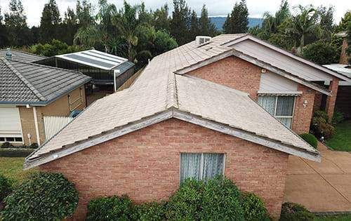 How To Stop Roof Leaks During A Storm?
