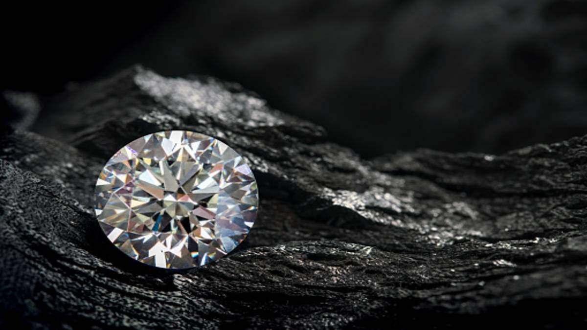 Find a Complete Guide on Diamond Pricing and Factors