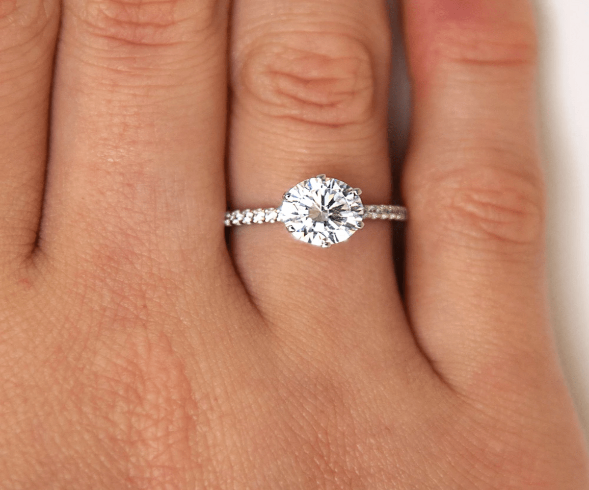White Gold Vs Platinum? Which is More Rigid Metal for Engagement Ring?
