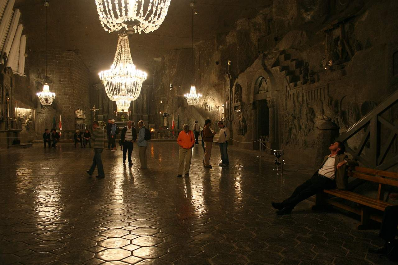 "Visiting the ""Wieliczka"" Salt Mine – Why is it Worth the Effort?"