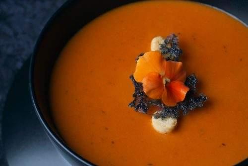 4 Savoury Vegan and Vegetarian Soup Recipes