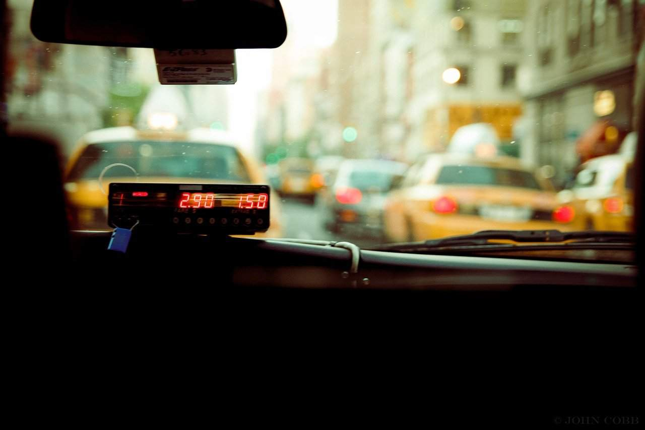 Uber vs Minicab vs Black Cabs: What's the Best Way to Ride Around London?